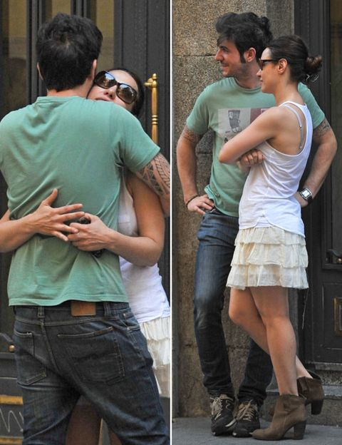 Clothing, Arm, Leg, Denim, Trousers, Human body, Jeans, Shoulder, Shirt, Hand,