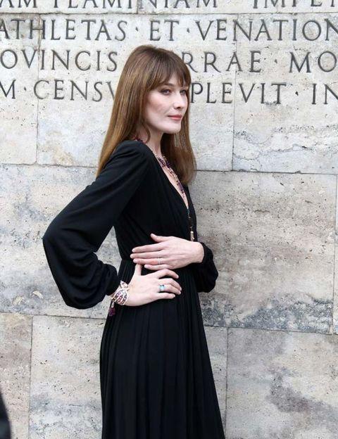 Clothing, Sleeve, Shoulder, Collar, Dress, Formal wear, Style, Street fashion, Fashion, Fashion model,