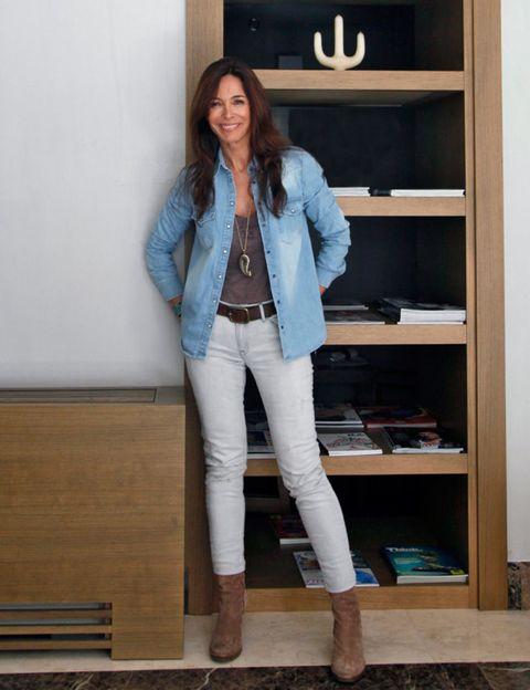 Clothing, Sleeve, Trousers, Denim, Textile, Outerwear, Collar, Style, Jacket, Shelf,