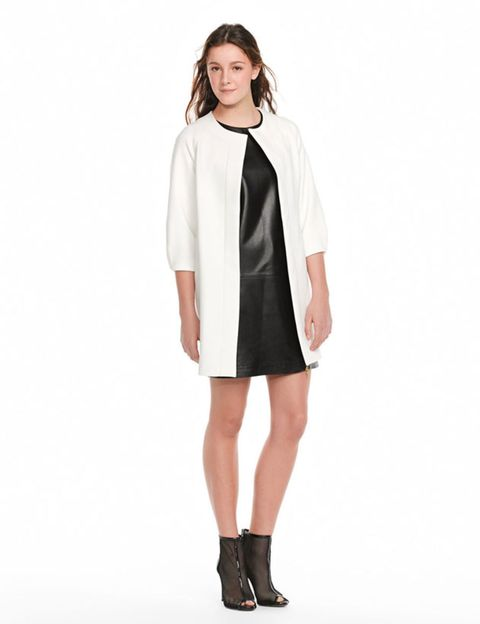 Clothing, Footwear, Sleeve, Shoulder, Collar, Textile, Joint, Style, Knee, Dress,
