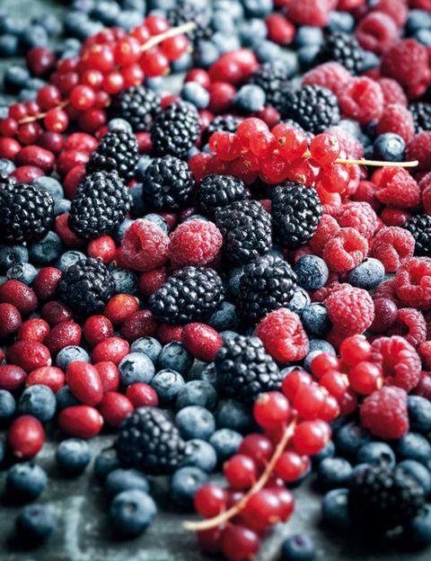 Food, Boysenberry, Fruit, Natural foods, Berry, Produce, Frutti di bosco, Blackberry, Black, Bramble,