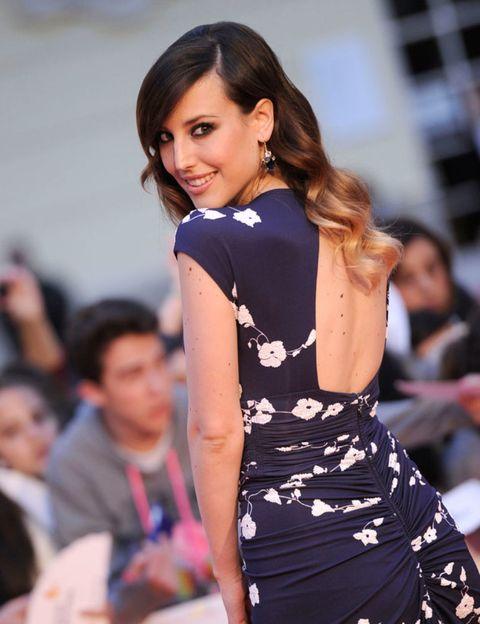 Hairstyle, Shoulder, Dress, Fashion model, Style, Earrings, Fashion show, Street fashion, Beauty, Fashion,