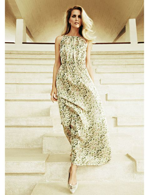Clothing, Shoulder, Dress, Joint, One-piece garment, Style, Formal wear, Waist, Fashion model, Beauty,