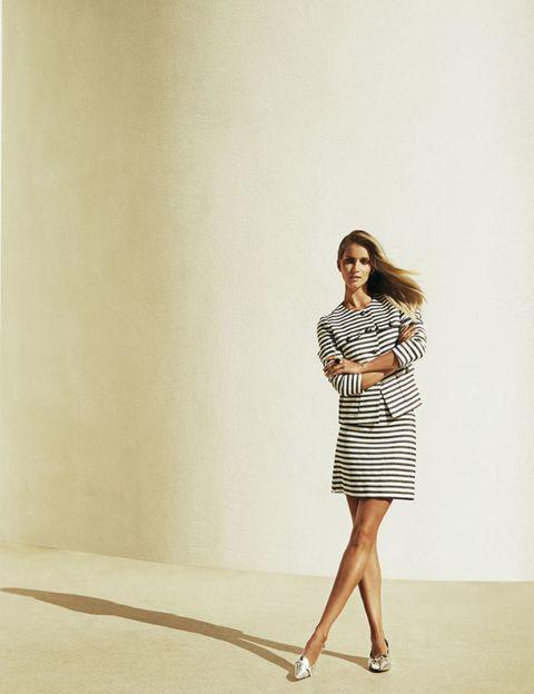 Sleeve, Shoulder, Human leg, Standing, Dress, Joint, One-piece garment, Style, Street fashion, Day dress,