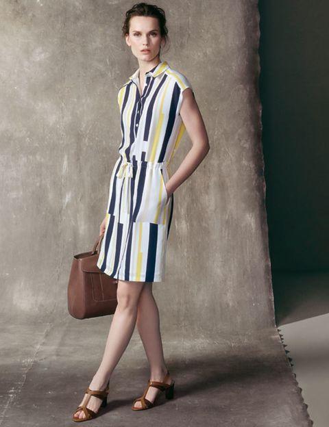 Dress, Shoulder, Human leg, Joint, Bag, Style, One-piece garment, Street fashion, Knee, Beauty,