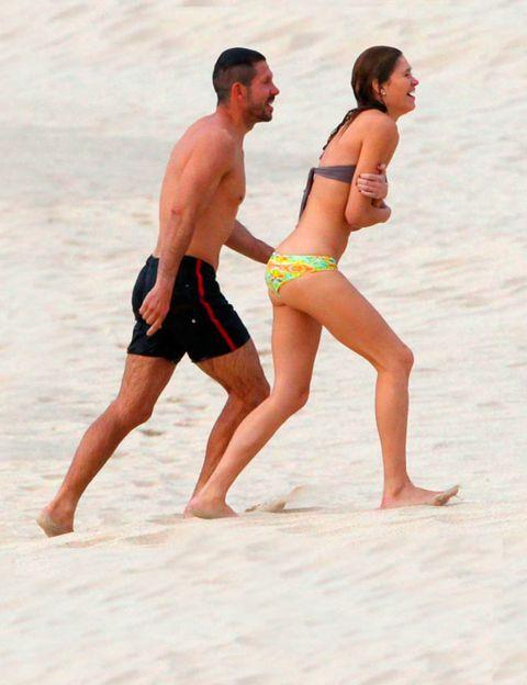 Leg, Fun, Human body, Human leg, People on beach, Standing, Barefoot, Brassiere, Summer, People in nature,