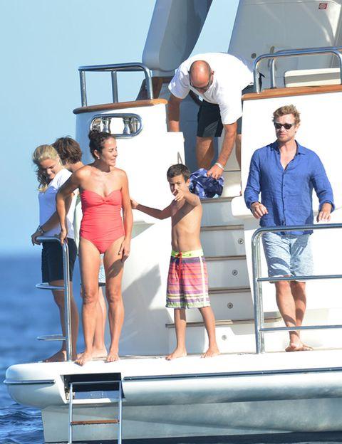 Leg, Fun, Standing, Summer, Denim, Shorts, Vacation, Bermuda shorts, board short, Watercraft,