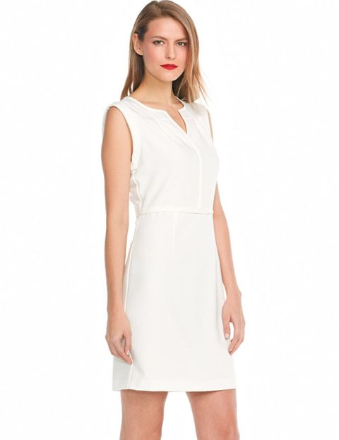 Sleeve, Skin, Shoulder, Dress, Joint, Standing, White, Elbow, One-piece garment, Day dress,