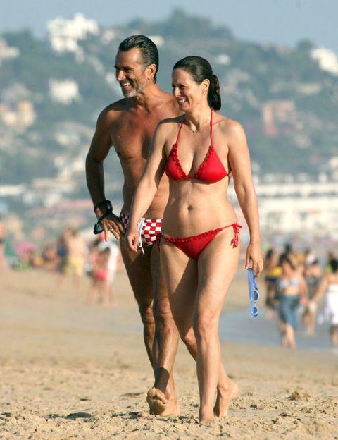Clothing, Leg, Brassiere, Fun, Human body, People on beach, Swimwear, Human leg, Bikini, Undergarment,