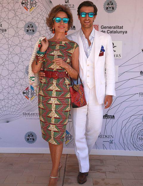 Eyewear, Sunglasses, Textile, Shoe, Outerwear, Style, Fashion, Fashion design, Necklace, Fashion model,