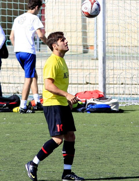 Ball, Football, Sports uniform, Shoe, Sports equipment, Team sport, Soccer ball, Ball game, Ball, Soccer,