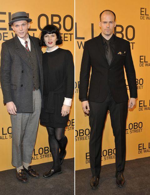 Footwear, Coat, Trousers, Dress shirt, Collar, Shirt, Hat, Suit trousers, Outerwear, Formal wear,