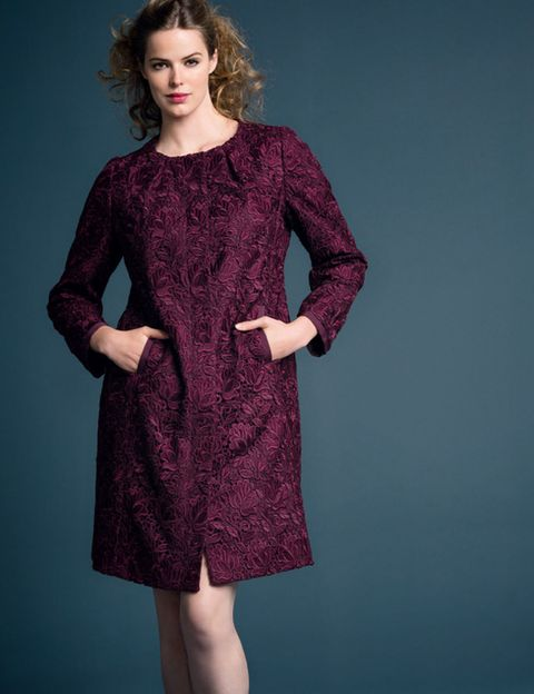 Clothing, Dress, Sleeve, Shoulder, Textile, Joint, Standing, One-piece garment, Pattern, Day dress,