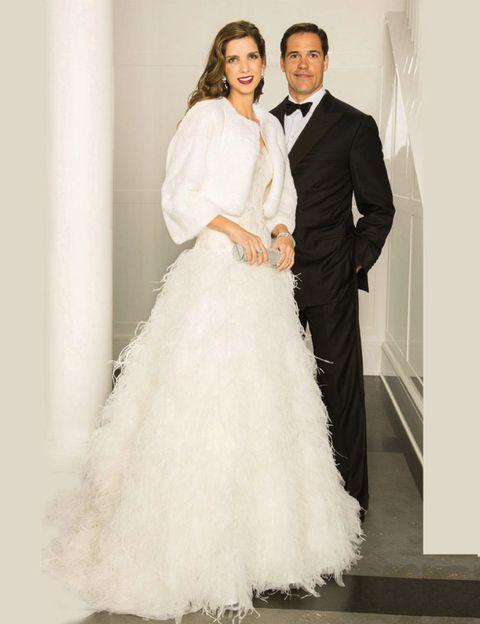 Clothing, Sleeve, Trousers, Shoulder, Bridal clothing, Coat, Shoe, Photograph, Dress, White,