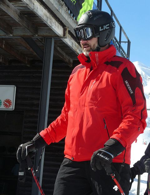Eyewear, Helmet, Jacket, Sleeve, Personal protective equipment, Outerwear, Glove, Sports gear, Shorts, Headgear,