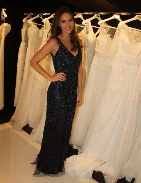 Clothing, Shoulder, Textile, Dress, Gown, Formal wear, Style, Fashion, One-piece garment, Fashion model,