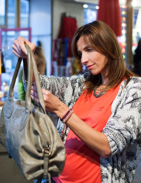 Textile, Bag, Jewellery, Fashion, Shoulder bag, Street fashion, Necklace, Fashion design, Curtain, Shopping,