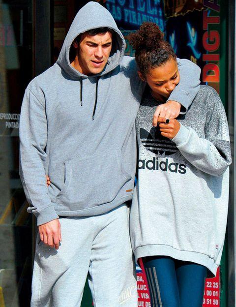 Winter, Street fashion, Active pants, sweatpant, Hood, Leggings, Beanie, Hoodie, Tights, Knit cap,