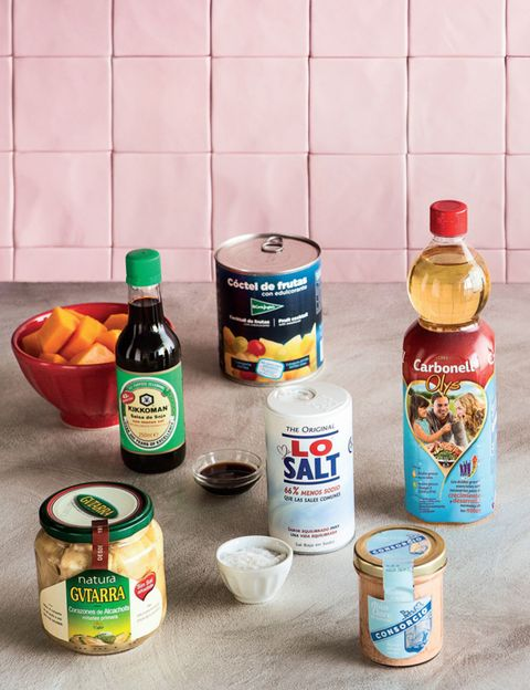 Bottle, Food, Ingredient, Liquid, Logo, Condiment, Bottle cap, Packaging and labeling, Sauces, Label,
