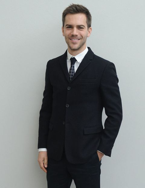 Clothing, Coat, Dress shirt, Collar, Sleeve, Trousers, Pocket, Suit trousers, Shirt, Standing,