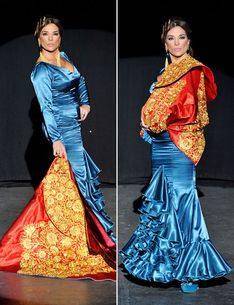 Clothing, Blue, Sleeve, Textile, Formal wear, Style, Gown, Fashion model, Beauty, Electric blue,