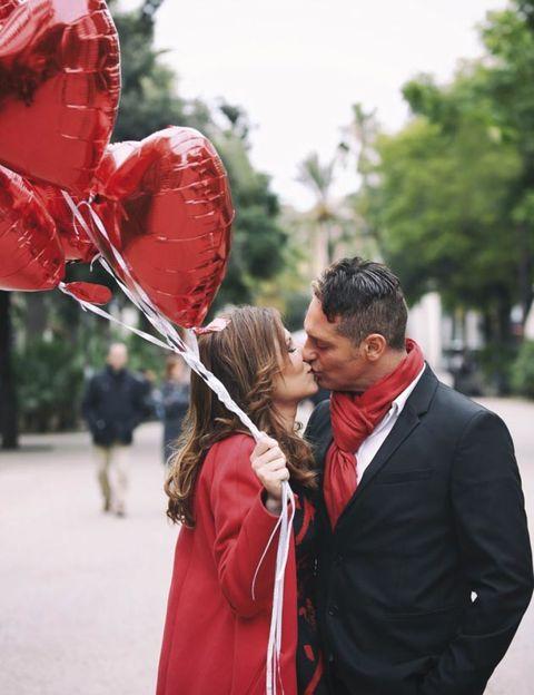 Human body, Red, Love, Interaction, Organ, Romance, Holiday, Carmine, Kiss, Heart,
