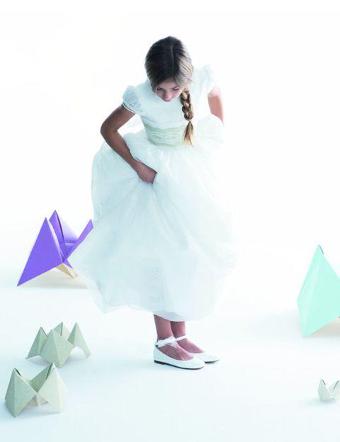 Dress, Formal wear, One-piece garment, Wedding dress, Paper product, Teal, Gown, Aqua, Paper, Day dress,