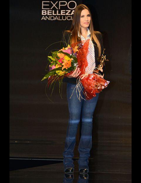 Human, Trousers, Human body, Jeans, Denim, Style, Fashion model, Fashion, Beauty, Youth,