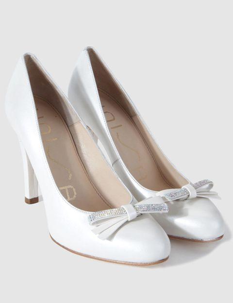 Footwear, Product, Brown, White, Tan, Fashion, Beauty, Beige, Fashion design, Sandal,
