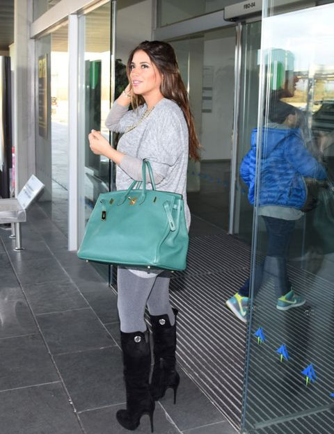 Product, Shoulder, Joint, Outerwear, Bag, Fashion accessory, Style, Street fashion, Boot, Fashion,