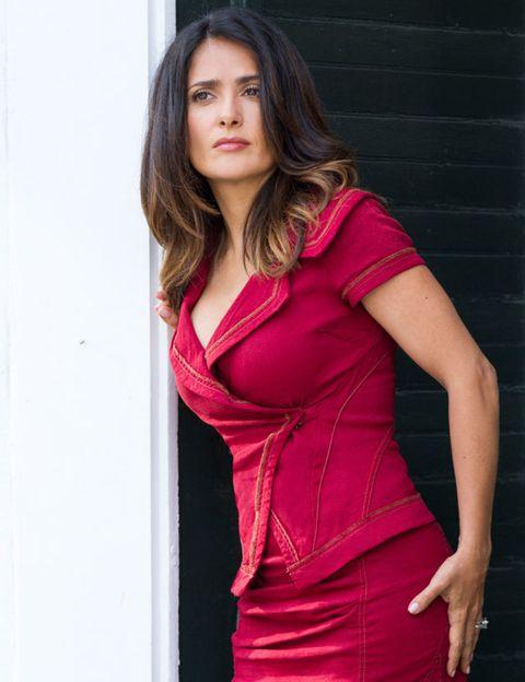 Sleeve, Shoulder, Joint, Red, Dress, Magenta, Pink, Formal wear, Fashion model, Purple,