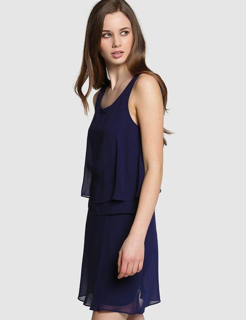 Sleeve, Shoulder, Elbow, Joint, Standing, Dress, Style, One-piece garment, Waist, Day dress,