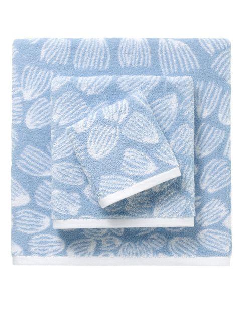 Textile, Pattern, Aqua, Rectangle, Linens, Creative arts, Visual arts, Motif, Square, Towel,