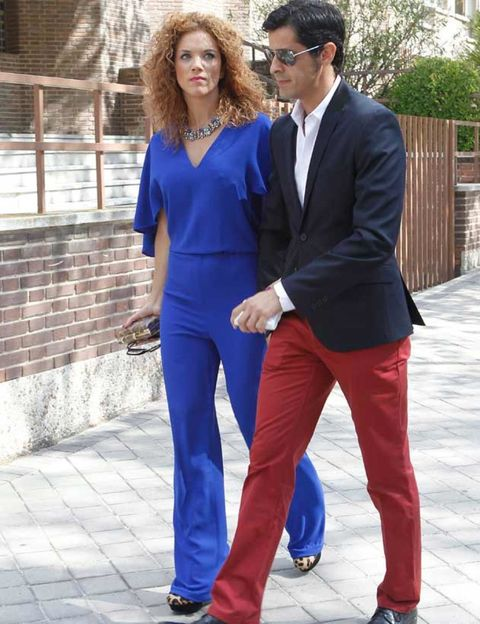 Clothing, Blue, Trousers, Coat, Shirt, Standing, Outerwear, Collar, Formal wear, Suit trousers,