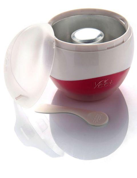 Serveware, Cup, Coffee cup, Dishware, Drinkware, Teacup, Tableware, Kitchen utensil, Spoon, Porcelain,