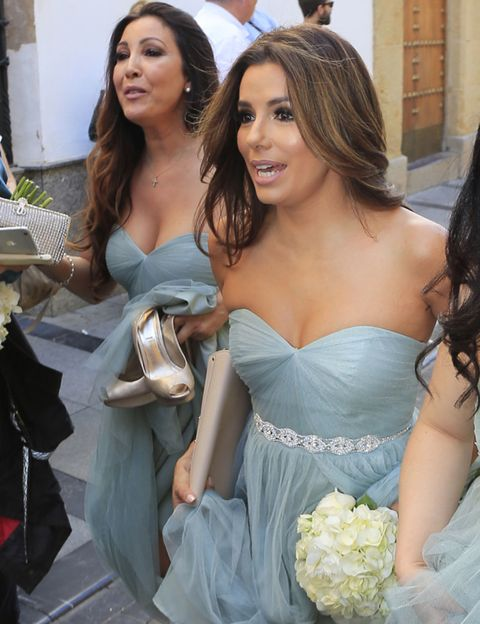 Mouth, Eye, Hairstyle, Shoulder, Dress, Happy, Formal wear, Strapless dress, Gown, Facial expression,