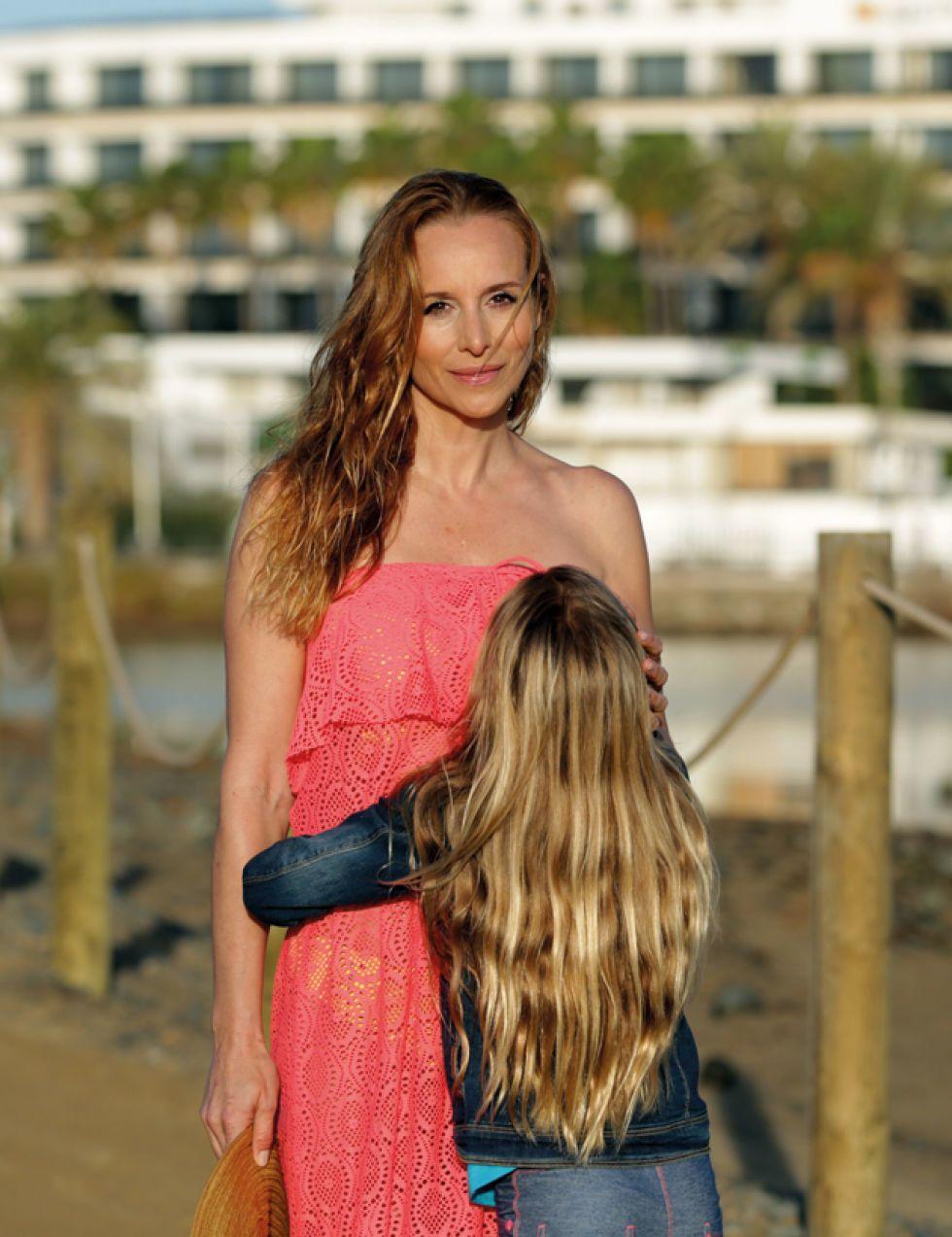 Mar Regueras Nude Photos 98
