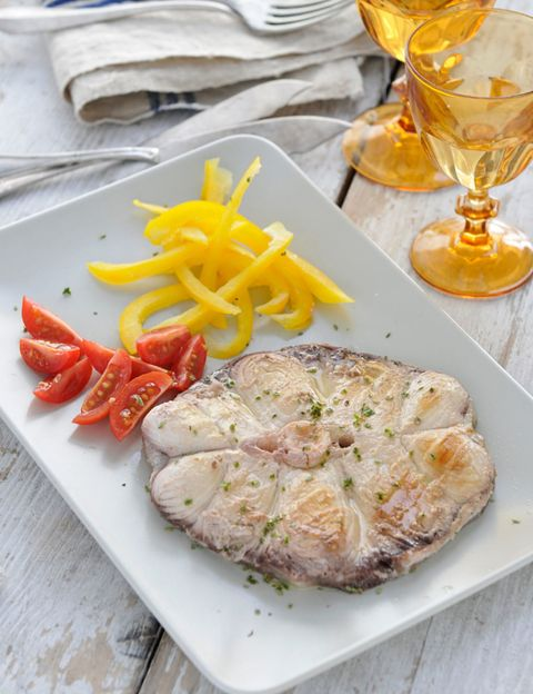 Food, Ingredient, Serveware, Tableware, Dishware, Plate, Recipe, Cuisine, Dish, Produce,