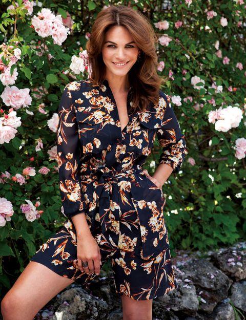 Sleeve, Dress, Shoulder, Petal, Flower, Style, One-piece garment, Pattern, Beauty, Shrub,