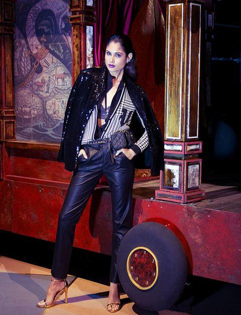 Outerwear, Jacket, Denim, Fashion, Black hair, Street fashion, Bag, Leather jacket, Maroon, Leather,