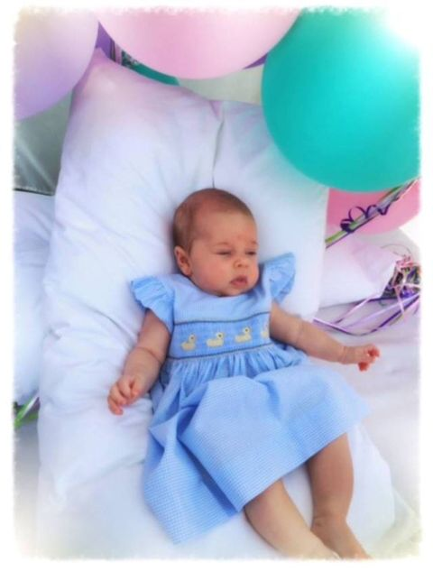 Blue, Pink, Balloon, Baby & toddler clothing, Child, Purple, Azure, Party supply, Turquoise, Aqua,