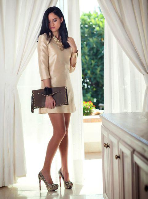 Footwear, Brown, Sleeve, Shoe, Textile, Joint, Human leg, High heels, Style, Dress,