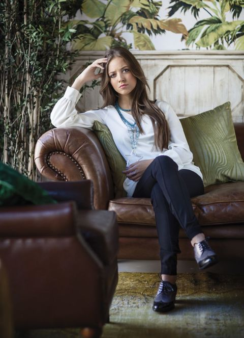Brown, Textile, Furniture, Sitting, Comfort, Beauty, Couch, Knee, Street fashion, Long hair,