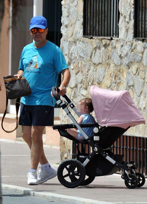Tire, Wheel, Cap, Product, Hat, Baby carriage, Shoe, Goggles, Sunglasses, Baseball cap,