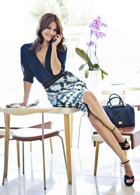 Clothing, Sitting, Style, Fashion accessory, Beauty, Fashion, Knee, Thigh, Bag, Fashion model,