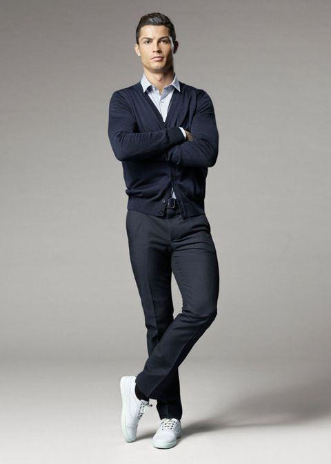 Collar, Sleeve, Trousers, Dress shirt, Shoulder, Standing, Joint, Style, Denim, Blazer,