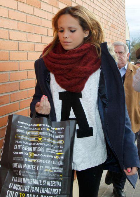 Textile, Stole, Wrap, Style, Winter, Scarf, Street fashion, Wool, Brick, Shawl,