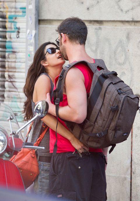 Eyewear, Microphone, Audio equipment, Sunglasses, Bag, Interaction, Travel, Luggage and bags, Goggles, Sleeveless shirt,