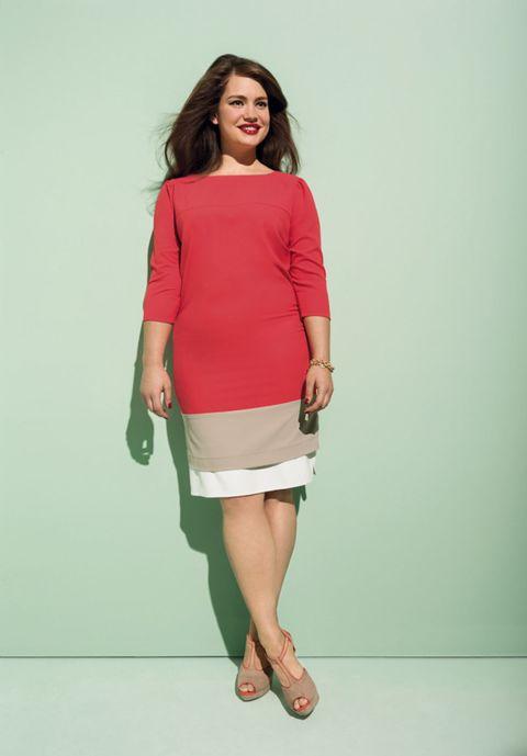 Clothing, Sleeve, Human leg, Shoulder, Joint, Elbow, Style, Knee, Waist, Fashion,