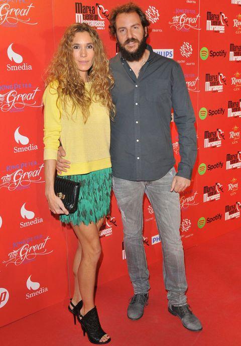 Trousers, Shirt, Red, Textile, Style, T-shirt, Carpet, Fashion, Facial hair, Beard,